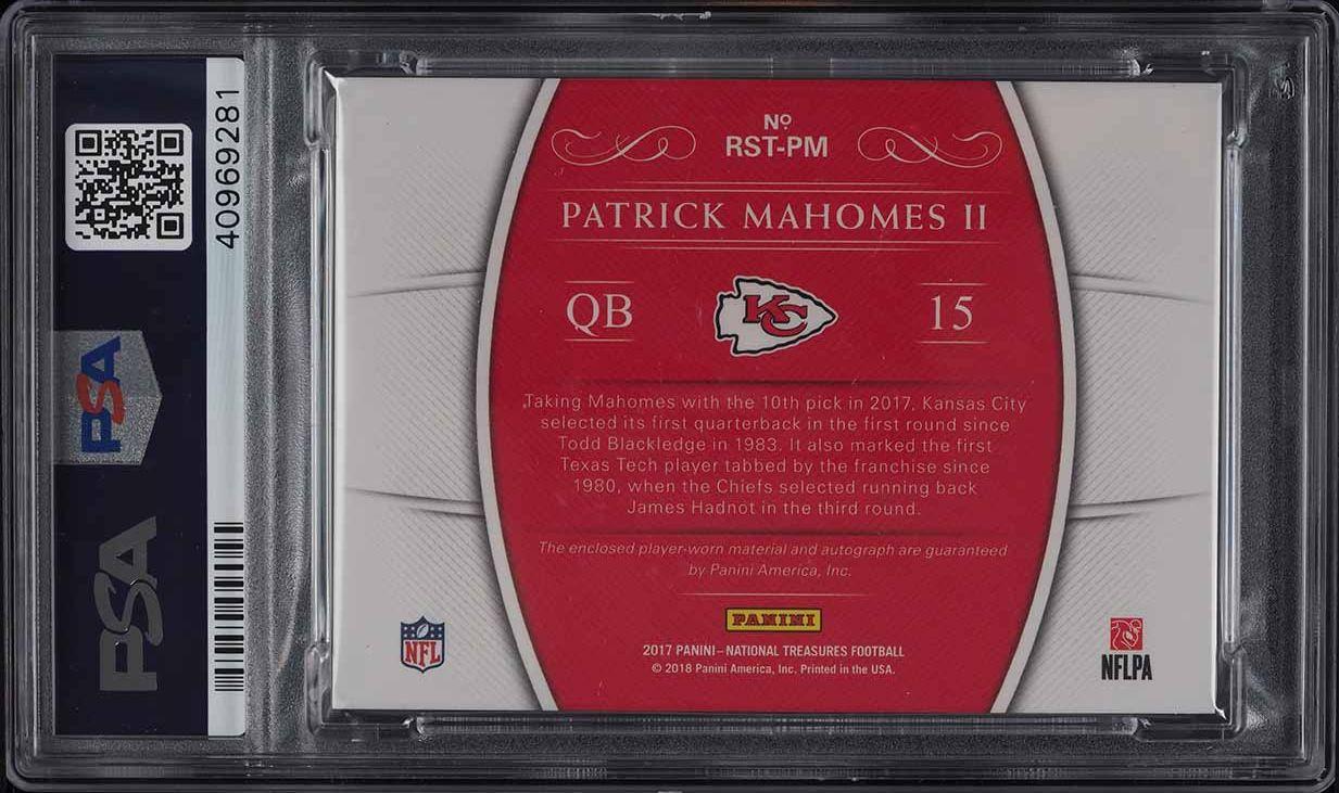2017 National Treasures NFL Gear Patrick Mahomes II RC PATCH AUTO #5/25 PSA 10 - Image 2