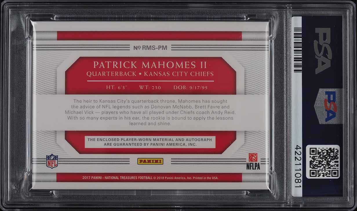 2017 National Treasures Holo Gold Patrick Mahomes II RC PATCH AUTO /10 PSA 10 - Image 2